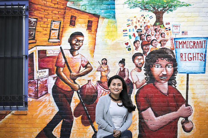 MS Student Janeth Chorlango's in front of Washington DC Mural